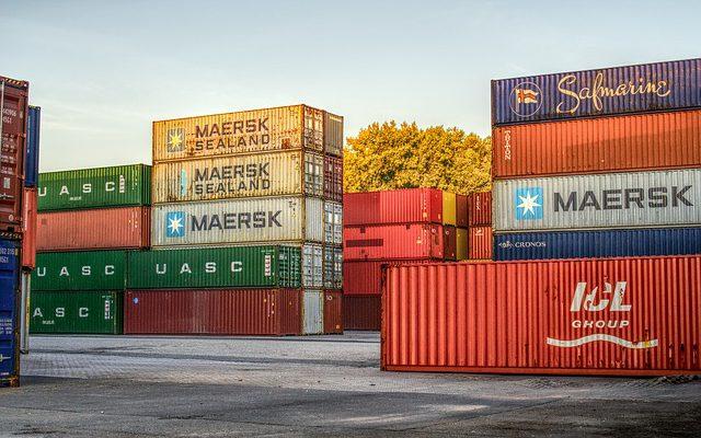 Jak działa polski importer z Chin?
